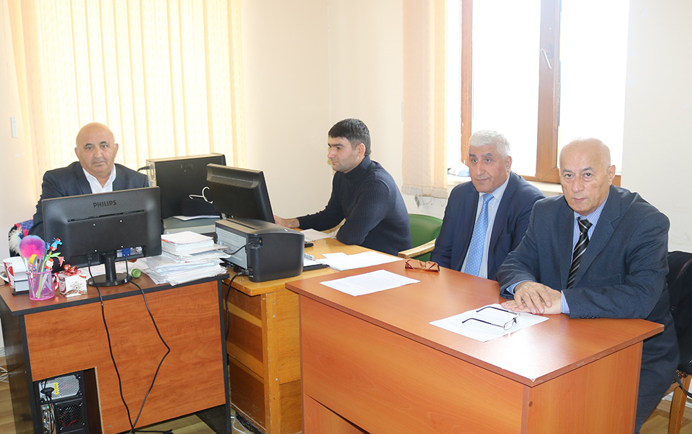 ŞAR-da fəlsəfə doktoru hazırlığı üzrə doktorluq imtahanı keçirilib