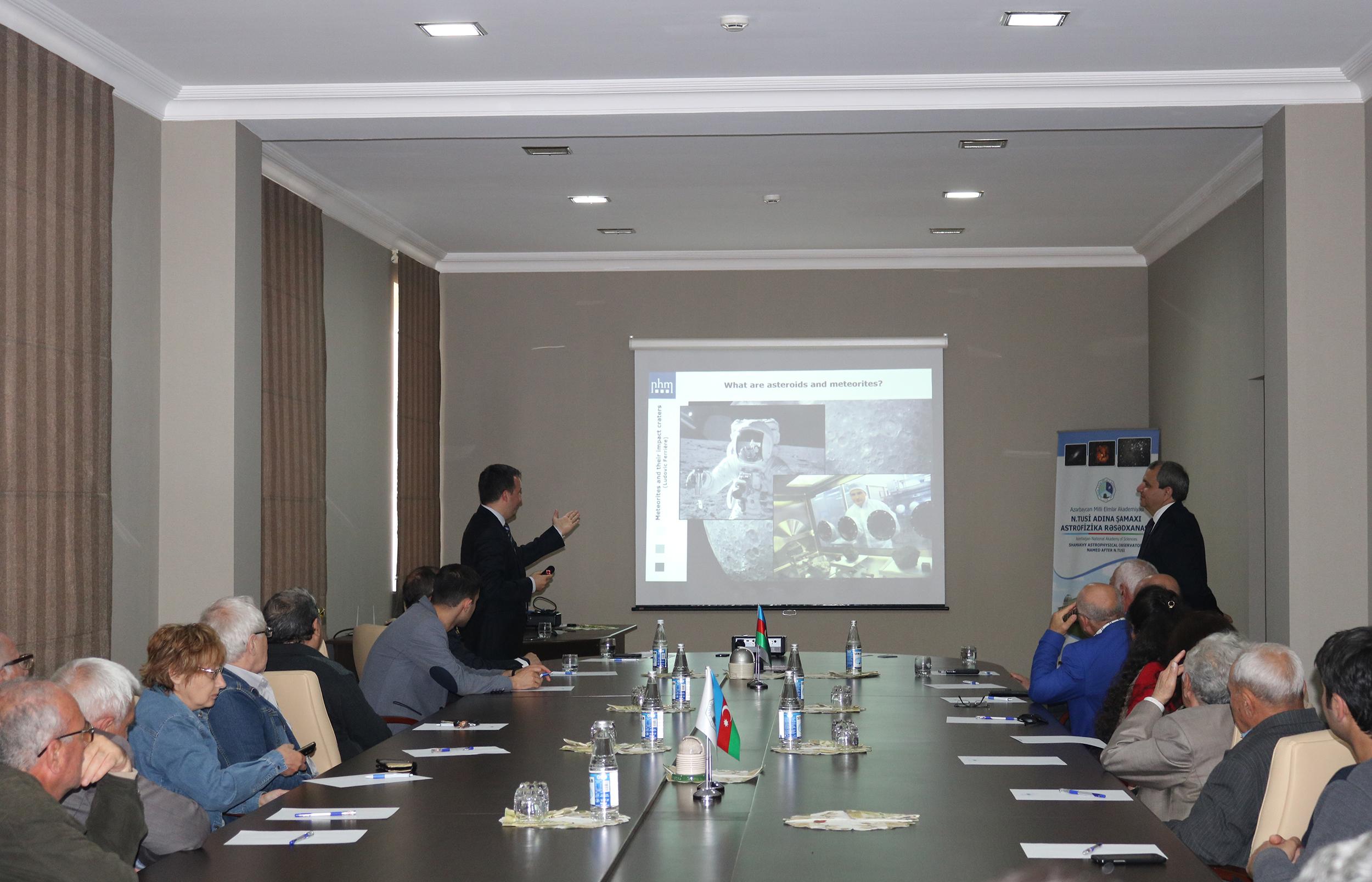 Vyana Təbiət Tarixi Muzeyinin meteorit kolleksiyası üzrə koordinatoru Dr. Ludovik Ferriere ŞAR-da olub