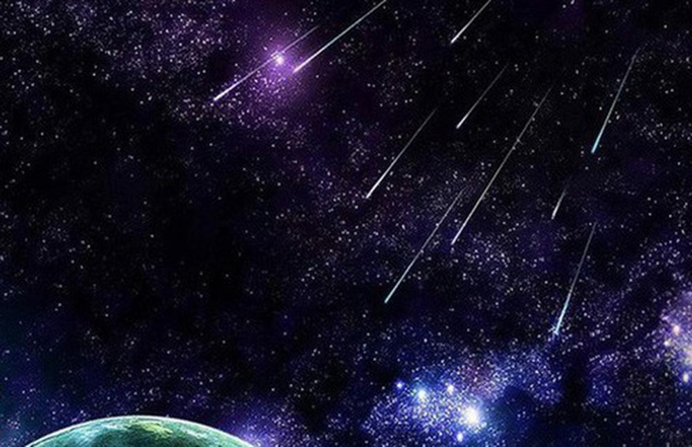 Səmanı bəzəyən meteor yağışı