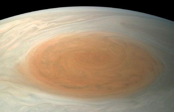 """NASA Yupiterin """"böyük qırmızı ləkəsi""""nin həqiqi rəngini aşkara çıxarıb"""